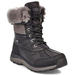 Ugg Adirondack Short Black Snow Boots 8.5